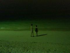 Happiness 公式ブログ/夜の海で… KAREN 画像1
