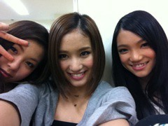 Happiness 公式ブログ/初のさんにん!YURINO 画像1