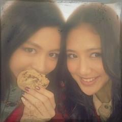 Happiness 公式ブログ/撮影現場にあったクッキー  KAREN 画像1