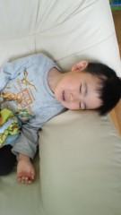 ジャガー横田 公式ブログ/こんな顔で「抱っこ!」と言われちゃうと・・・(; ´∩`) 画像1