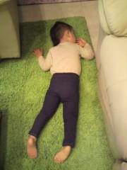 ジャガー横田 公式ブログ/芝生で昼寝…Zzz ・・・(^^) 画像2