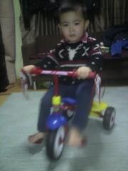 ジャガー横田 公式ブログ/三輪車が漕げるようになりました! !q(^-^q) 画像1