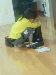 ジャガー横田 公式ブログ/大維志!ママのバッグに何してるの!?(`´) 画像1