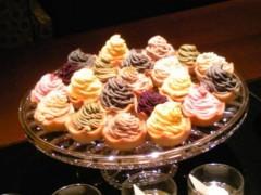 朝比奈ゆうひ プライベート画像 81〜100件/アルバム2010.3.21〜 どれ食べる?