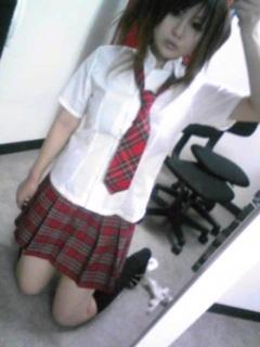 女子高制服どっちが好き?