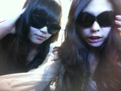 FLOWER 公式ブログ/ボーカル2人のサングラス。千春 画像2