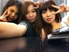 FLOWER 公式ブログ/にょーん♪  杏香 画像1