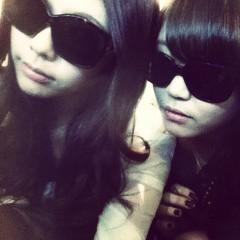 FLOWER 公式ブログ/ボーカル2人のサングラス。千春 画像1