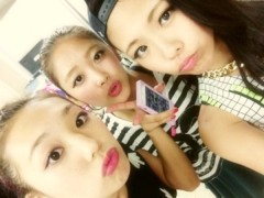FLOWER 公式ブログ/Thank's!!!!!   千春 画像1