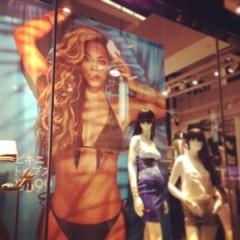 FLOWER 公式ブログ/Beyonce!    千春 画像1