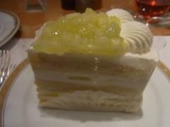纐纈英里香 公式ブログ/スーパーメロンショートケーキ 画像1