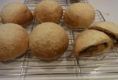 纐纈英里香 公式ブログ/焼きカレーパンが出来上がりました 画像1