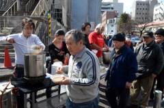 荒井英夫 公式ブログ/〜横浜の寿町で、ちゃんこ鍋で炊き出しを〜 画像3