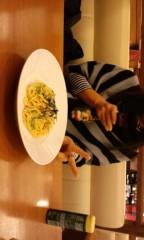 新田有加 公式ブログ/食事は大勢がいいですよね(^O^) 画像1