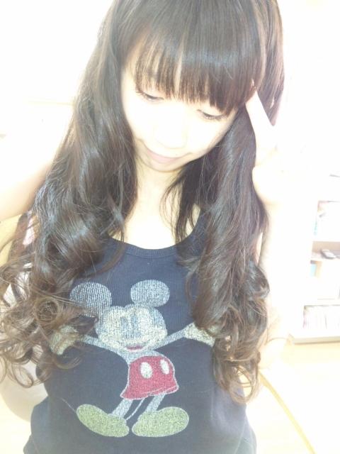 髪のアクセサリーが素敵な三田寺理紗さん