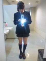 三田寺理紗(Girl〈s〉ACTRY) 公式ブログ/制服、まだいけるかな?★ 画像2