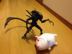 アクア新渡戸 公式ブログ/エイリアンと子豚 画像1