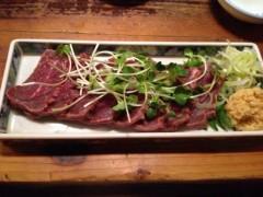 アクア新渡戸 公式ブログ/夜中の牛のたたき! 画像1