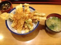 アクア新渡戸 公式ブログ/穴子天丼食べてるよ 画像1