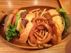 アクア新渡戸 公式ブログ/花火後のディナー 画像1