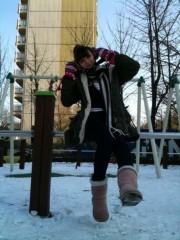 ジャン ヒョジョン 公式ブログ/外で一休み。 画像2