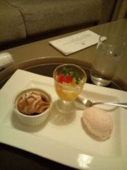 小泉ポロン 公式ブログ/食べるのが早い 画像1