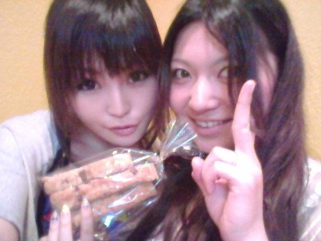 菜々にパンもらたぁ(*´艸`)