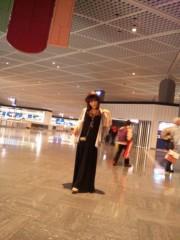 彩原ゆい 公式ブログ/成田空港なう(* ´艸`) 画像1