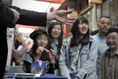 石田美菜子 公式ブログ/祝日の浅草は… 画像3