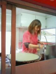 KONISHIKI 公式ブログ/大人気ももちゃんクレープ&チャンコ鍋仕込み中 画像1
