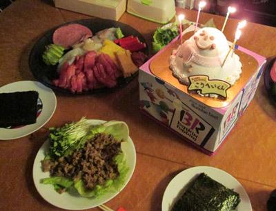 誕生会の手巻き寿司とケーキ