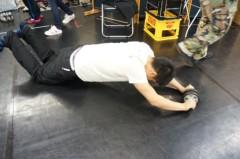 伊阪達也 公式ブログ/腹筋筋肉痛 画像1