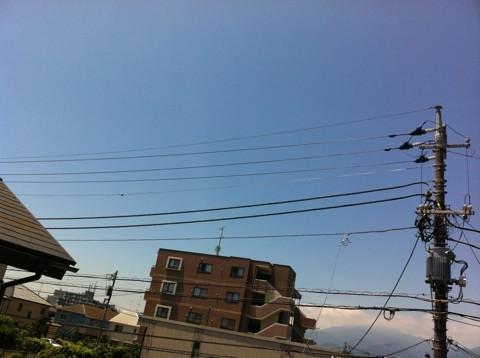 いい天気だな_φ( ̄ー ̄ )