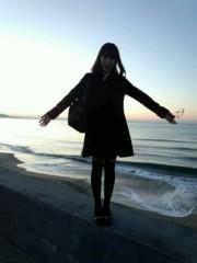 吉田麻梨紗 公式ブログ/由比ヶ浜での写メ〜(*´Д`*) 画像1