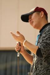 戸嶋 大 プライベート画像/2012.3.11ライブ写真 笑顔熱唱中w