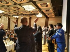 トモ(テツandトモ) 公式ブログ/東京にて(^-^) 。 画像1