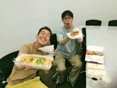 トモ(テツandトモ) 公式ブログ/モスバーガーさん本社へ!! 画像2
