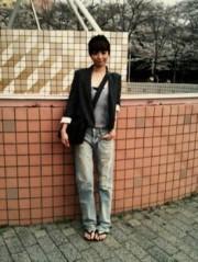 EMI 公式ブログ/桜と私服 画像2