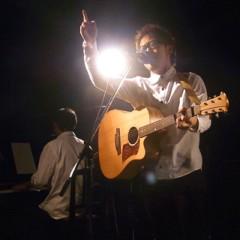 カトウトモタカ 公式ブログ/今日のステージ衣装は…高校生。ギリギリ見えるでしょ?…無理? 画像1