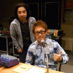 カトウトモタカ 公式ブログ/ヘッドフォンはズレているのではなく、ズラしているのです。右耳は生音を聴きたいので。 画像2
