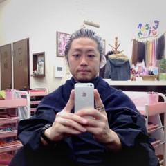 カトウトモタカ 公式ブログ/おでこを出して、メガネ外してると…別人だね。 画像1