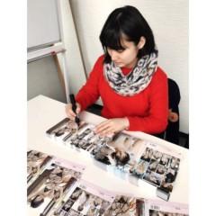 紗綾 公式ブログ/イベントに向けて大量のサイン書き 画像2