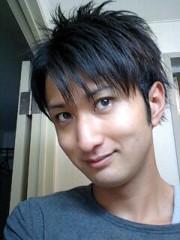 神崎翔 プライベート画像 21〜26件 2012-07-01 14:11:48