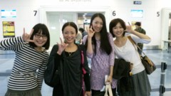 藤岡麻美 公式ブログ/新井利佳ちゃんasキャメロンを羽田空港までお見送りして参りました! 画像2