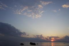 川島けん 公式ブログ/【夕焼けハンター】いい感じの雲と空でした 画像3