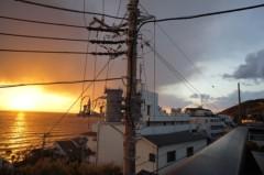 川島けん 公式ブログ/窓の外は見事な夕日 画像2