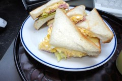 川島けん 公式ブログ/[Lunch]卵ハムレタスサンド 画像2