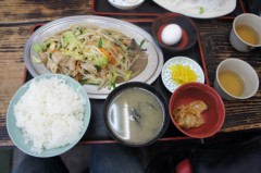 川島けん 公式ブログ/[Lunch]逗子・ゆうき食堂 肉野菜炒め定食。 画像1