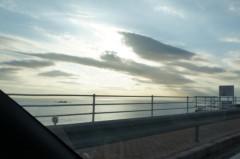 川島けん 公式ブログ/[Photo]沖のほうで光ってる。 画像1