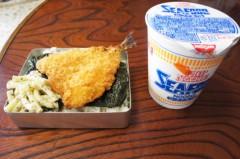 川島けん 公式ブログ/[Lunch]のり弁とカップヌードル 画像1